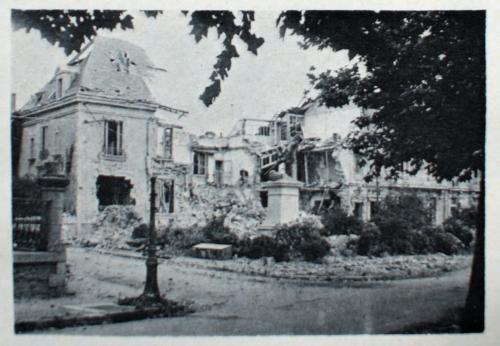 carillon,villebois-mareil,1870,monument